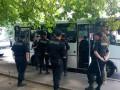 К офису Правого сектора в Киеве пригнали милицию и автозаки