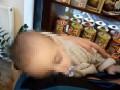 В Одессе пьяные родители оставили младенца на улице