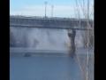 В Киеве коммунальщики починили мост Патона, из которого повалил пар