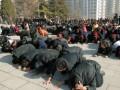 Тысячи граждан КНДР пришли на церемонию прощания с Ким Чен Иром