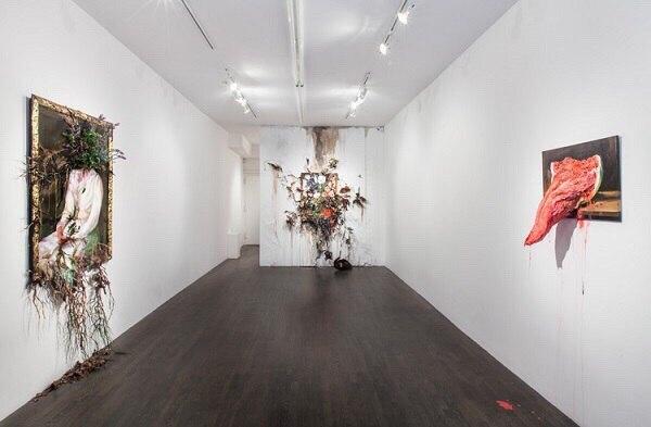 Когда искусство рвется в мир – оригинальная инсталляция