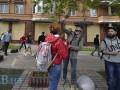 Горький опыт: Сбербанк забаррикадировался перед маршем Азова в Киеве