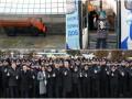 День в фото: троллейбус мира, зачистка Майдана и новая полиция в Виннице