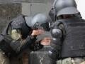Столкновения у Рады: задержан пьяный митингующий за нападение на полицейского