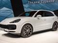 Главный дорожник Одессы забыл задекларировать Porsche Cayenne и Volkswagen Touareg