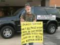 За угрозы полиции американца наказали табличкой