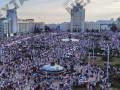 Протесты в Минске: площадь Независимости заполнена