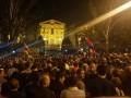 В Армении протестующие заблокировали здание парламента