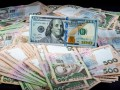 Курс валют на 23 августа: гривна ускорила падение