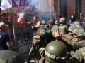В Одессе с боями против полиции громили стройку