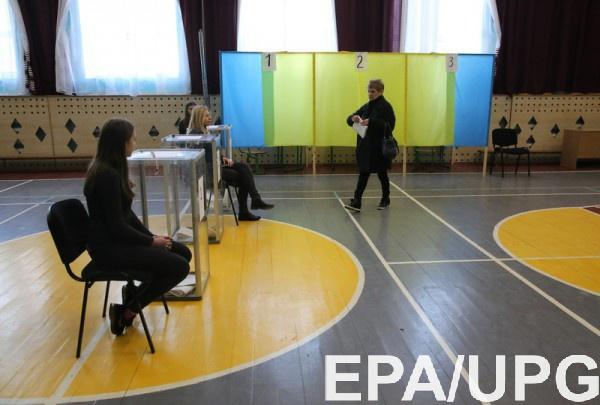 На выборах президента проголосовали уже 45% избирателей
