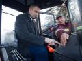 Кличко проверил новую снегоуборочную технику для Киева