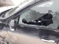 В Тернополе парень обстрелял жилой дом, маршрутку и 10 автомобилей