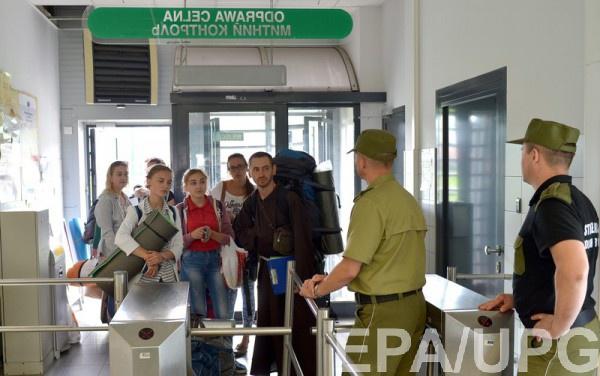 Военкоматы не будут выставлять своих сотрудников на границе для вручения повесток