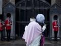 В Британии объявили имена крестных родителей принца Джорджа