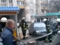 В Киеве бездомный решил согреться и чуть не сжег парковку