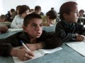 Дети трудовых мигрантов стали новой проблемой в Таджикистане