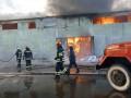 Под Киевом загорелся ангар