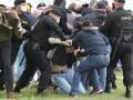 В Беларуси милиция задержала более 100 человек