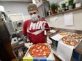 В Италии прекращают почти всю торговлю