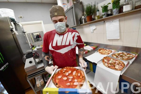 В Италии из-за коронавируса запретили торговлю