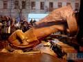 Памятник Ленину снесли: реакция соцсетей