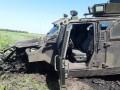 На Донбассе подорвалось авто ВСУ, ранены 10 бойцов