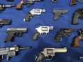 В США из-за эпидемии растет спрос на оружие