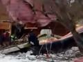 Самолет упал на дачный участок, двое погибших