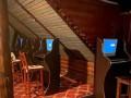 В Киеве подпольное казино спрятали в техническом канале