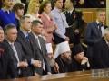 Попы УПЦ МП не встали во время зачитывания имен бойцов АТО – героев Украины
