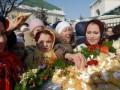 В Киевском зоопарке на Масленицу праздничный дидух скормят животным