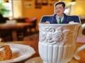 Во львовском кафе подают чай в пакетиках с изображением Зеленского