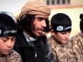 Исламское государство показало, как в военном лагере тренируют детей