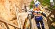 Велосипедистка впервые в истории покорила Замок Любарта