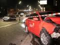 В Киеве столкнулись два такси, есть пострадавшие