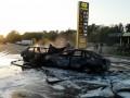На трассе возле Днепра после аварии горели легковушки