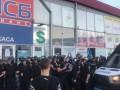 ОБСЕ осудила жестокое избиение оператора на харьковском рынке
