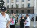В Одессе зеленкой плеснули в активистов, поминавших Захарченко и Кобзона