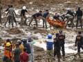 Новый оползень в Индонезии убил 20 человек