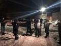 Машину били топором: В Киеве избили и ограбили журналистов