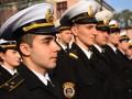 Турчинов призвал найти дома офицерам из Крыма