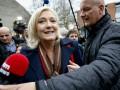 Помощников Ле Пен задержала полиция