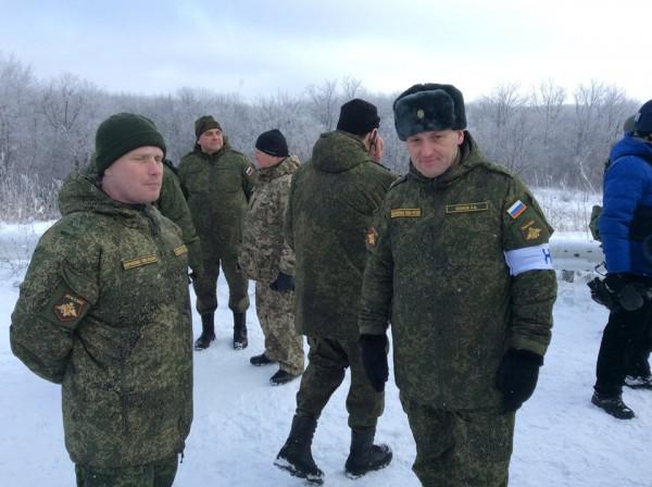 Военные РФ, которые входят в состав СЦКК и без проблем посещают позиции украинских войск, имеют статус туристов, - Тымчук - Цензор.НЕТ 5296
