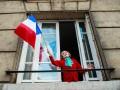 Граждане Франции недовольны борьбой властей с коронавирусом