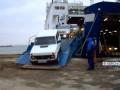 Керченская переправа: водители ждут по шесть часов с риском повредить авто