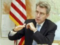 Посол США в Украине отложил визит в Чикаго из-за ситуации в Киеве
