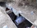 На кладбище в Шабо вандалы залезли в склеп и устроили пьянку