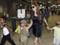 СМИ: Анджелина Джоли беременна