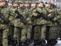 Яценюк предложил увеличить численность армии до 250 тысяч солдат